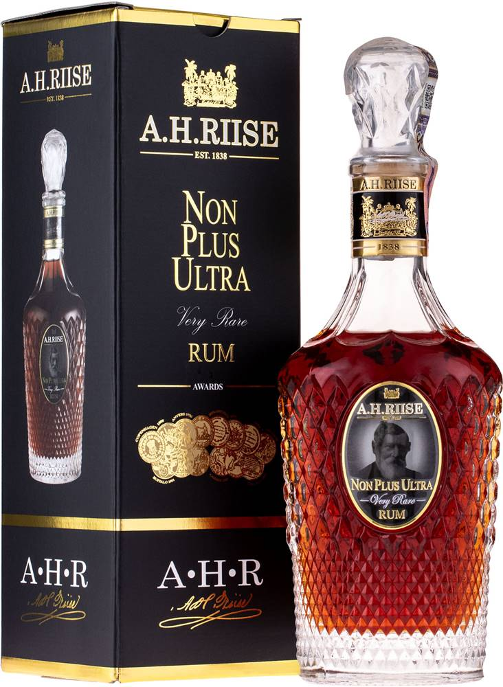 A.H.Riise A.H. Riise Non Plus Ultra 42% 0,7l